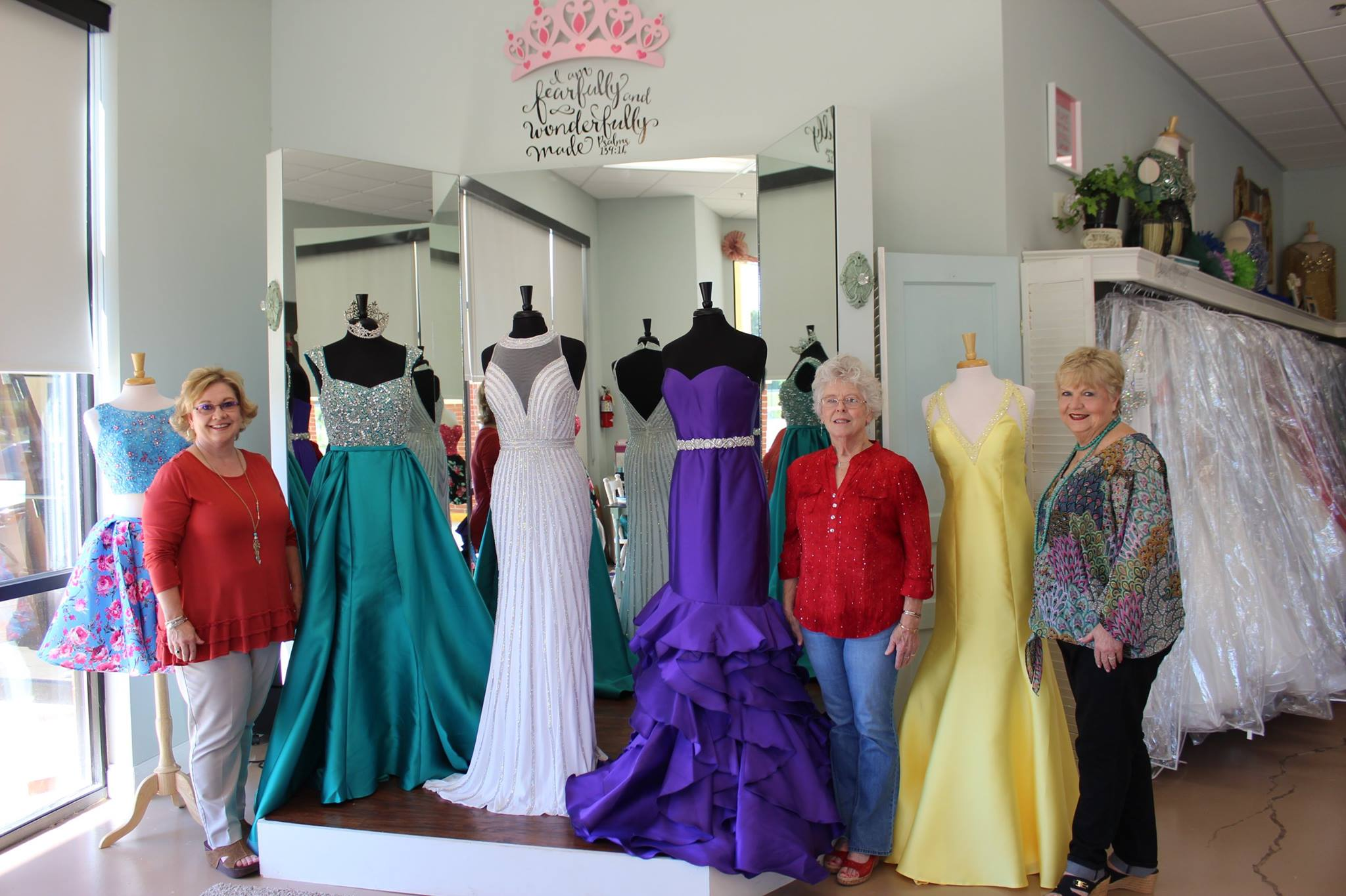 Southern Glitz Formal Wear | Pearl Chamber of Commerce